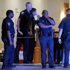 target black friday sales at elcentro dallas police unlikely target for ambush