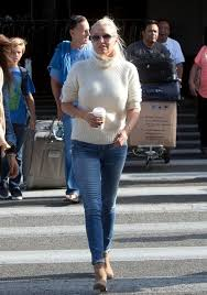 tolanda foster clothes yolanda foster skinny jeans yolanda foster looks stylebistro