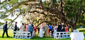 jekyll island wedding venues a jekyll wedding the live oaks it s southern charm at its