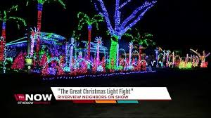 the great christmas light show riverview family featured on abc s great christmas light fight