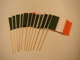 Flag Of Ireland Lot Of 12 4x6 Inch Irish Ireland Flags Desk Hand Held Stick