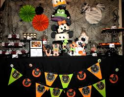 scary halloween party ideas sweet eats cakes owen u0027s not so scary mickey mouse halloween birthday