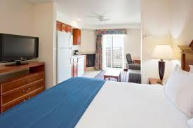 Polish Kitchen Petoskey Holiday Inn Express Hotel Petoskey Mi Booking Com