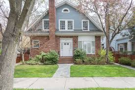 stunning fully renovated bayside 5 bedroom colonial