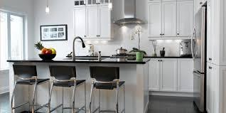 comptoir de cuisine quartz blanc blanc un retour cuisine bois quartz
