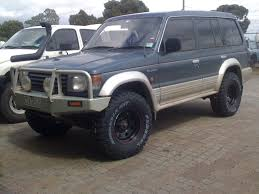mitsubishi pajero interior 1995 can i fit 33s to my pajero with a 2