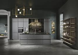 snaidero cuisine cuisine classique en bois modulaire avec îlot frame by iosa
