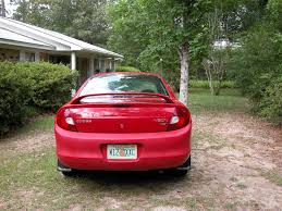 2002 dodge neon back bumper is a different shade of red than the