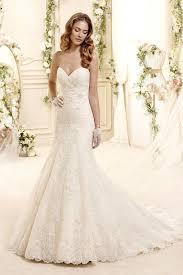 brautkleider fã r kleine zierliche frauen 12 besten hochzeitskleid bilder auf heiraten