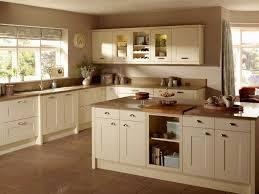 cream shaker style kitchen cabinet doors cream kitchen cabinets