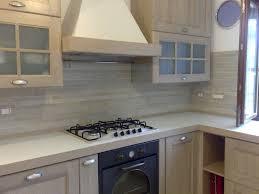 piastrelle cucine gallery of rivestimenti parete per cucina desideri una cucina di