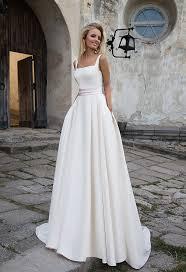 plain wedding dresses best 25 satin material ideas on diy tank wedding