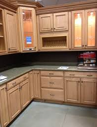Lowes Kitchen Cabinets Brands by Lowes In Stock Kitchen Cabinets Awesome Inspiration Ideas 15