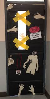 halloween door ideas zombie door decoration zombie ideas pinterest zombies halloween