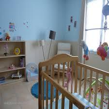 peinture pour chambre bébé stickers muraux repositionnables bébé vers peinture pour chambre