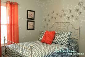 Simple Chevron Bedroom Decor - Chevron bedroom ideas