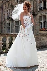 robes de mari e bordeaux de mariee ivoire bordeau pas cher