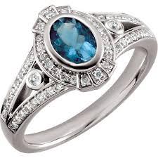 2000 dollar engagement ring best 25 aquamarine rings ideas on aquamarine