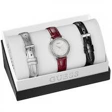 montre guess bracelet cuir images Montre guess en coffret avec trois bracelets en cuir interchangeables jpg