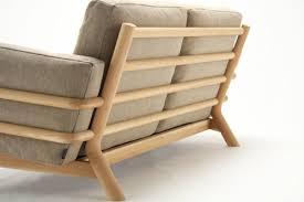 canap japonais castor sofa un hommage au canapé grand confort de le corbusier le