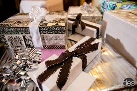 best wedding present expert wedding gift tips wedding planning