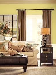 Green Walls What Color Curtains 27 Best Living Room Images On Pinterest Living Room Ideas Green