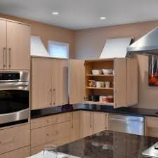 Photos HGTV - Accessible kitchen cabinets
