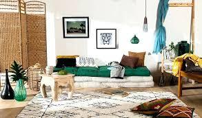 chambre style ethnique chambre style ethnique paravent corbeille tapis dame jeanne