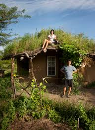 you can build this cob house for 3000 the year of mud