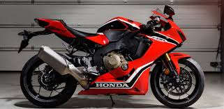 honda cbr 2017 honda cbr 1000 put the rr back on the litrebike map