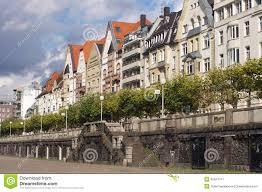 architektur dã sseldorf bunte häuser in dusseldorf stockbild bild 32441311