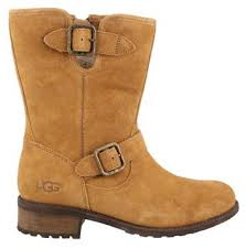 s ugg australia chaney boots s ugg chaney boot womens shoes peltz shoes