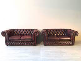 poltrone inglesi coppia di divani chesterfield originali inglesi in pelle divani