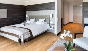 design wellnesshotel modernes wohn design trifft auf schwarzwaldromantik