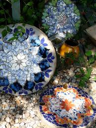 25 unique mosaic stepping stones ideas on diy