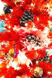 boho red christmas tree treetopia jaderbomb