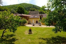 house and barn la maison esparoutis