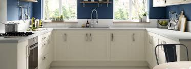 white gloss kitchen doors wickes ohio classic traditional kitchens wickes co uk
