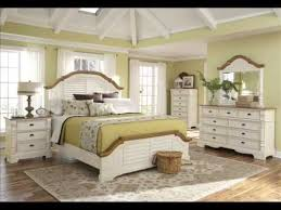 White Distressed Bedroom Set by White Queen Size Bedroom Sets Best Home Design Ideas