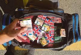 Jual Beg jual rokok seludup dalam beg pakaian harian metro