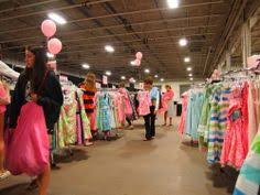 lilly pulitzer warehouse sale photos prices set up of lilly pulitzer s 13 warehouse