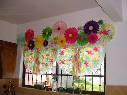 paper window shades say what house tropical