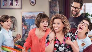 one day at a time u0027 review hollywood reporter