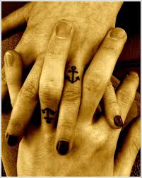 anchor designs for married couples on finger