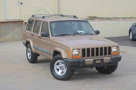 jeep cherokee sport 2000 jeep cherokee sport 4x4 automatic clean jeep 4 999 00