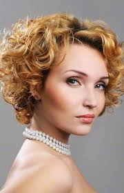 short curley hairstyles for middle aged women 111 amazing short curly hairstyles for women to try in 2017