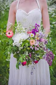wedding flowers june uk why you should choose seasonal blooms for your wedding in