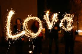 heart sparklers best sparklers for weddings top lasting