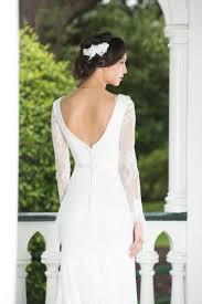 elegant mermaid v neckline backless long sleeves lace wedding