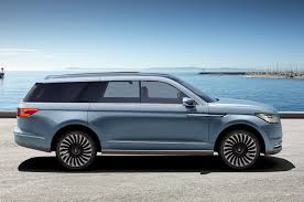lincoln navigator rims 2018 lincoln navigator previewed with dramatic new york concept